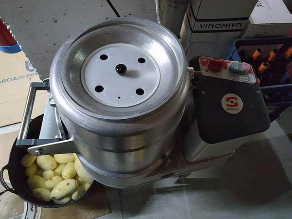 Peladora de patatas industrial